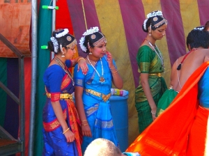 Devotees wearing saris at the Festival of Chariots in Venice Beach, California  Source: lataco.com